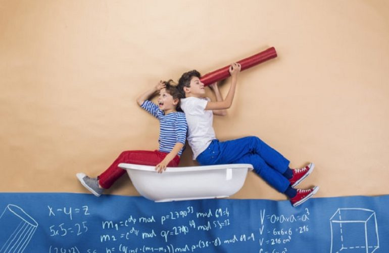 """Nella società del """"clicco e ottengo"""" la scuola deve dare spazio alle emozioni"""