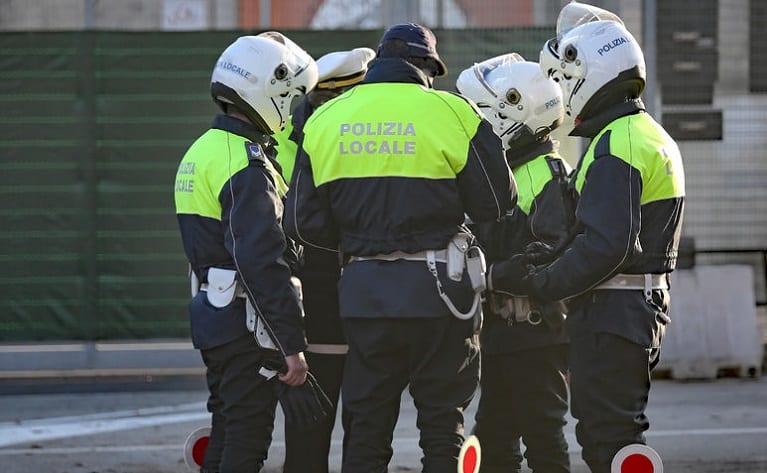 concorso polizia locale provincia napoli