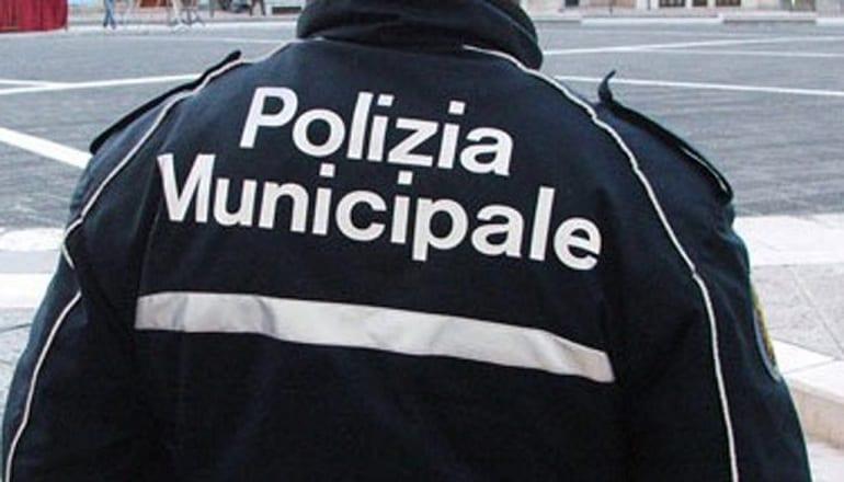 concorsi agenti polizia locale municipale 2019