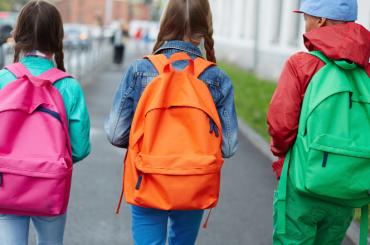 Le regole per il rientro a scuola a settembre: mascherina obbligatoria, turni, ingressi e uscite scaglionati